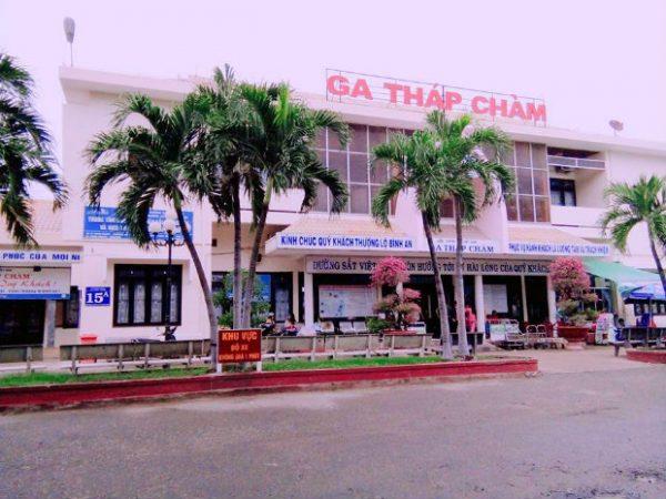 Tới Ninh Thuận bằng tàu hỏa